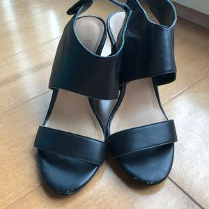 Black Franco Sarto Heeled Sandals (size 5)